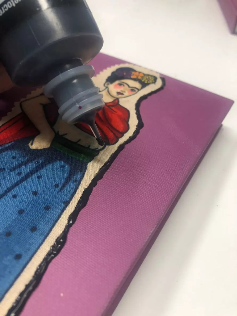 How to make fabric embellished journals #craftychica #blankjournal #dreamjournal #fabriccrafts