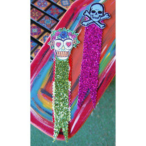 skull-bookmarks