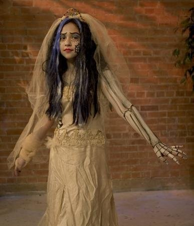corpse-bride-diy-dress