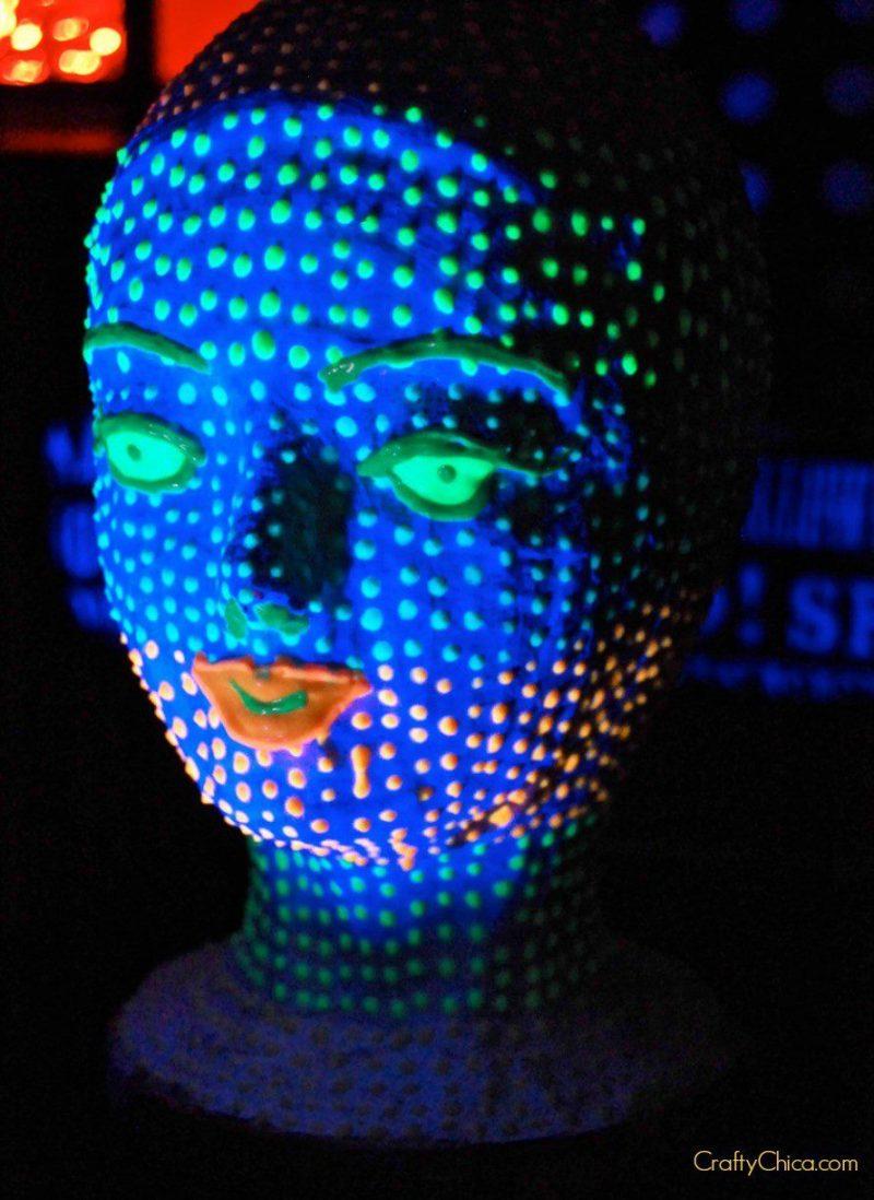 glowing-head2