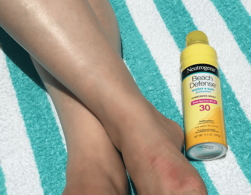 Neutrogena supplied us with sunscreen and Hydroboost Water Gel.