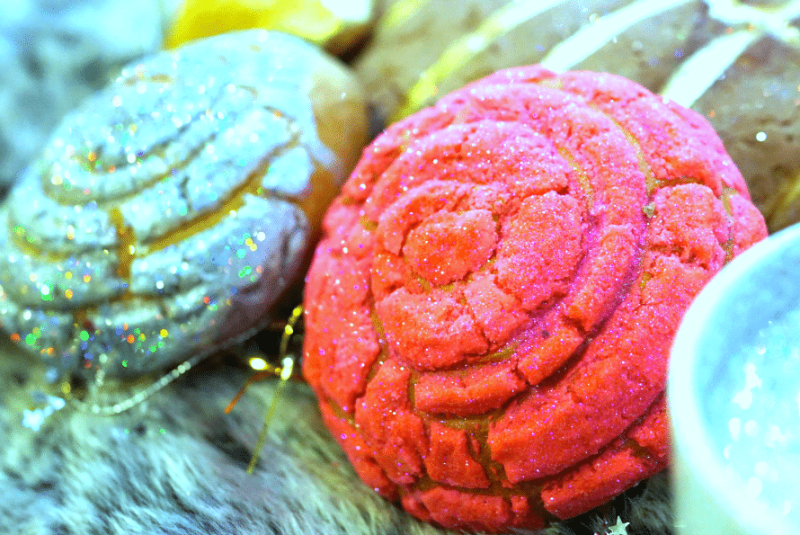 Edible glittered pan dulce