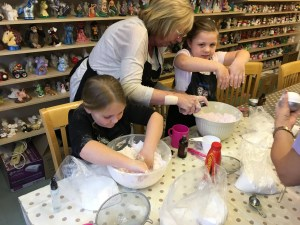 Sophie and Ruby thoroughly enjoyed the afternoon. They mastered bath bomb making very quickly.