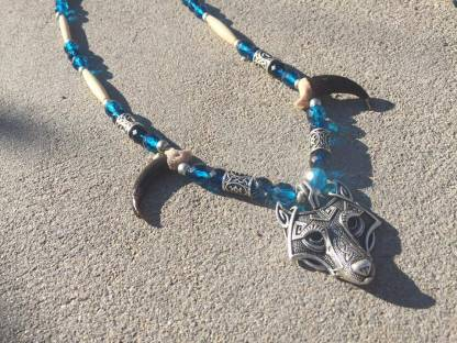 Real wolf claw necklace