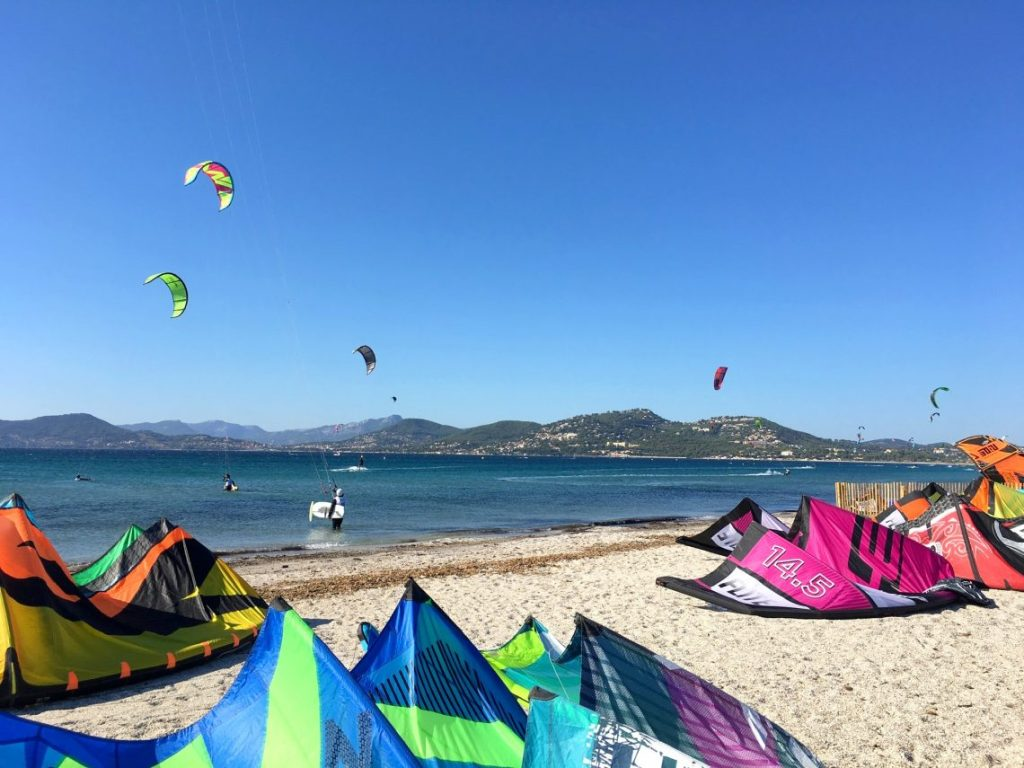 beach kitesurfing France