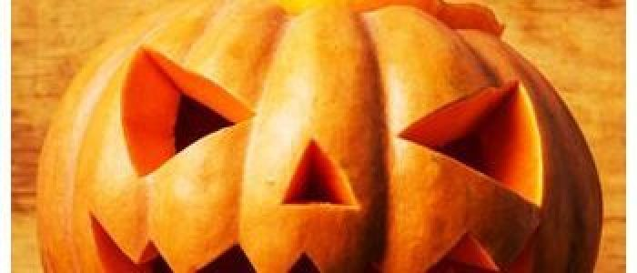 Review - Easy Pumpkin Carving by Colleen Dorsey Title