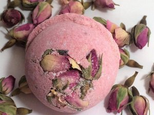 Etsy Holiday Gift Guide - Rose Bath Bomb Making Kit by FunkySkunkSoapCo