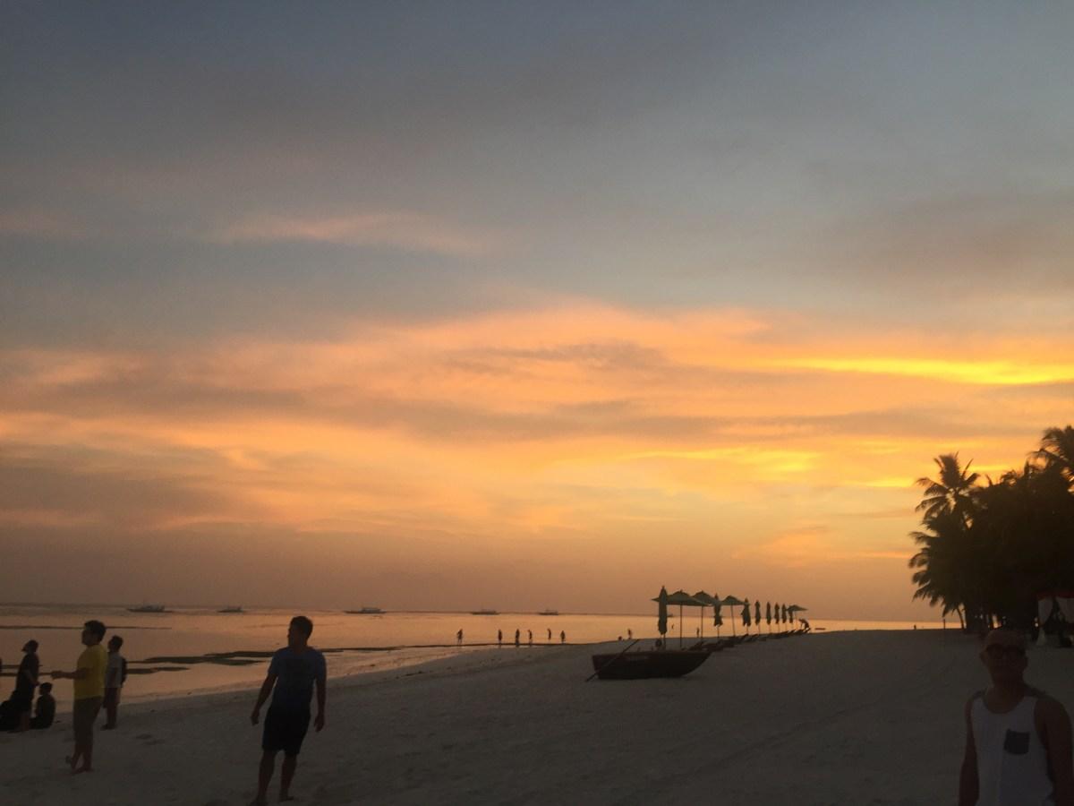 Hooker's Life in Panglao Island, Bohol