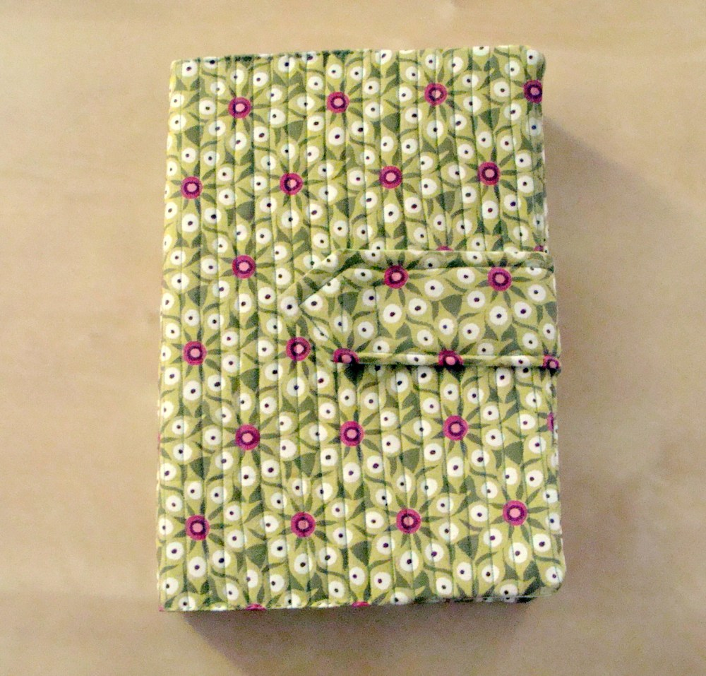 Quilted book cover (1/3)