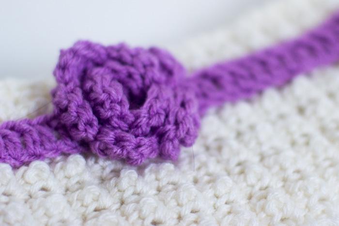 Headband With Rosette – Crochet Free Pattern