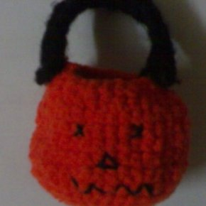 DIY Sleeeeeeeeeepy……..Jack O Latern Crochet.