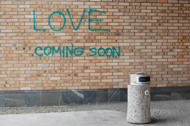 love_coming_soon_8190305973
