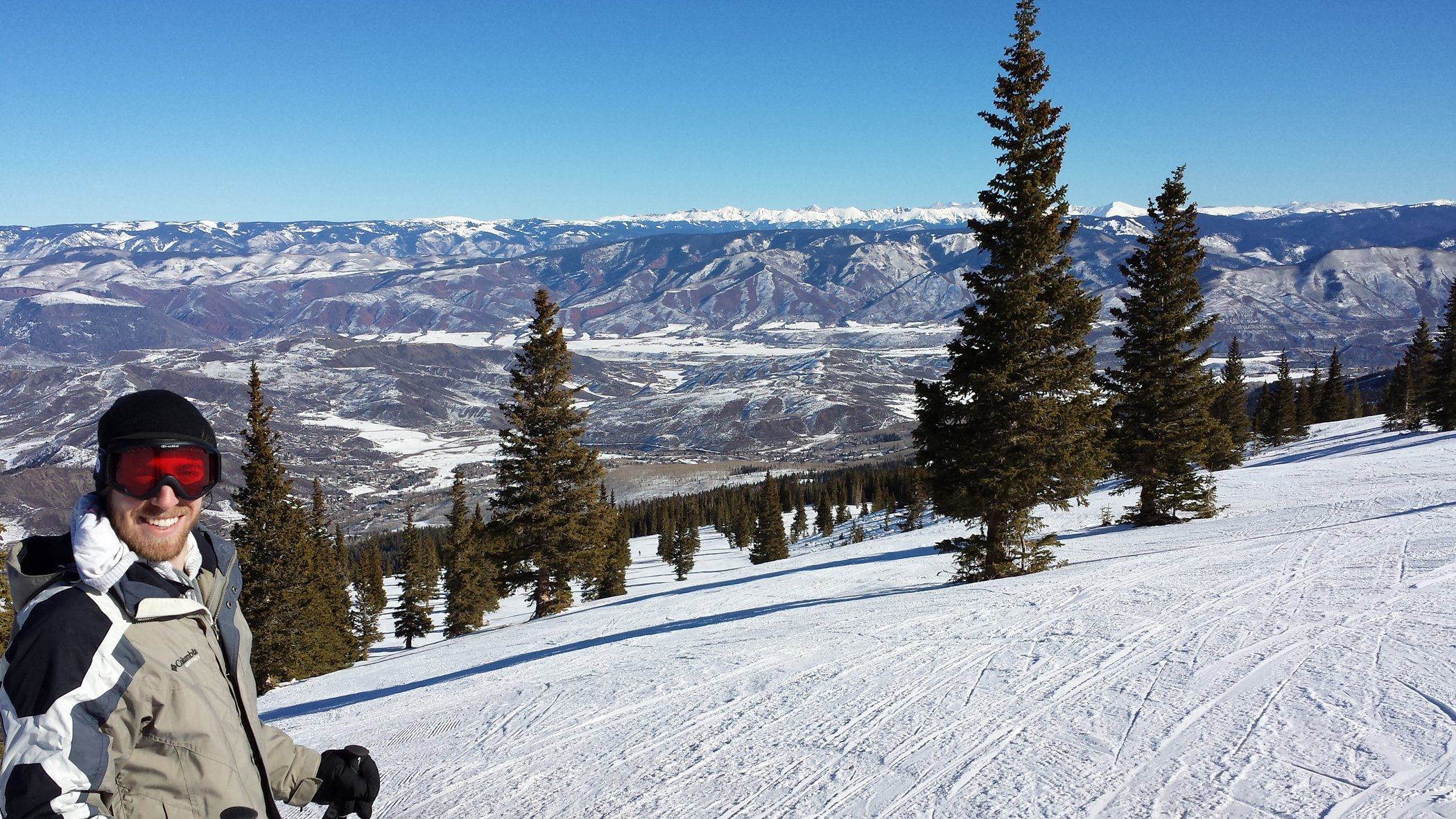 Snowmass Mountain is true to its name, a massive ski area that can keep skiers occupied for days. Craigslegz.com