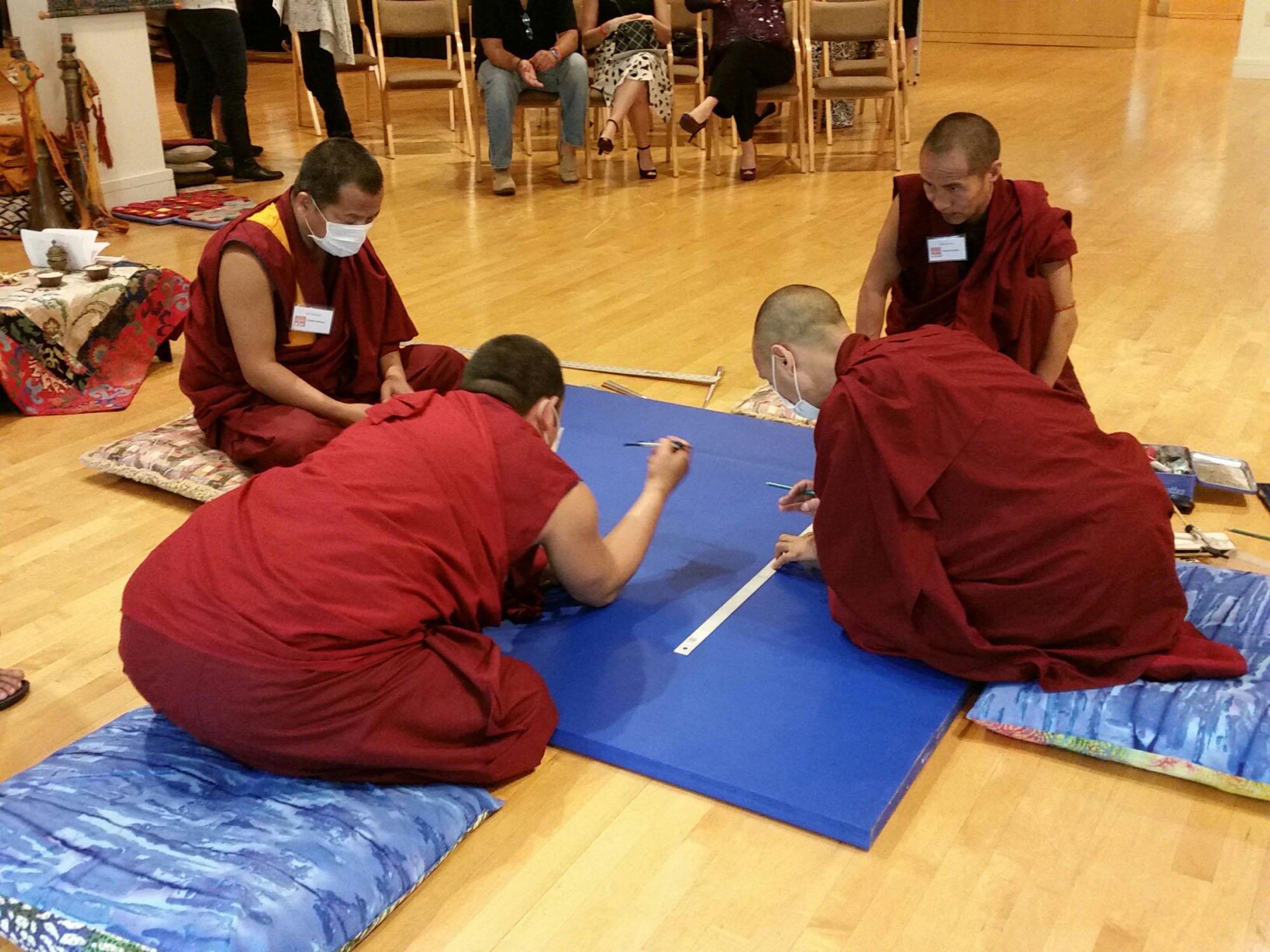 monks-mapping-mandala