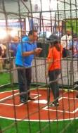 Hall of famer Tony Perez gives batting tips during 2017 All-Star FanFest. (Craig Davis/Craigslegz.com)