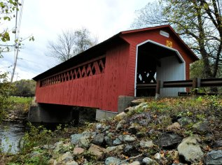 The Silk Road covered bridge was the most colorful attraction in southern Vermont. (CraigslegzTravels.com)