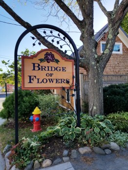 The Bridge of Flowers displays more than 500 varieties of annuals and perennials common to New England at Shelburne Falls, Mass. (Fran Davis/CraigslegzTravels.com)