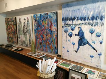 Some of Renee Falsetto's paintings are more abstract for others. They all tell a story. (Craig Davis/Craigslegztravels.com)