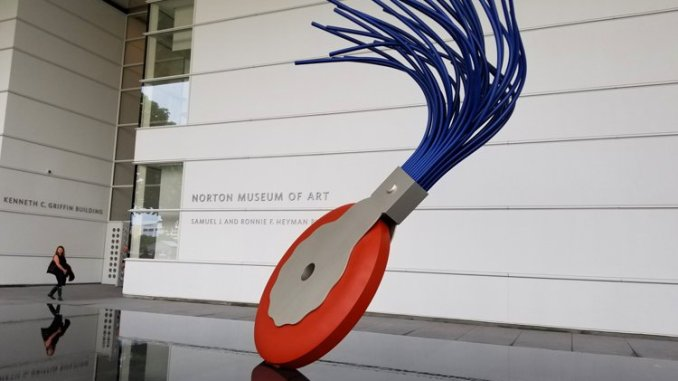 Typewriter Eraser, Scale X is a 19-foot sculpture outside the Norton Museum of Art in West Palm Beach, Fla. (Fran Davis/Craigslegztravels.com)