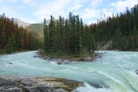 Sunwapta Falls, like Athabasca Falls, is fed by melting glacier ice and is easily accessible from the Icefields Parkway south of Jasper. (Craig Davis/craigslegztravels.com)