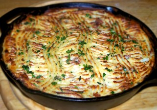 """Swineherd"" Pie -- A tasty porky spin on a Shepherd Pie"