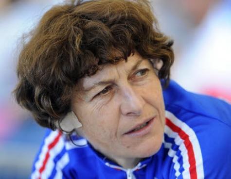 Jeannie_Longo_devant_les_s_nateurs_pour_parler_dopage