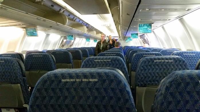 American 737