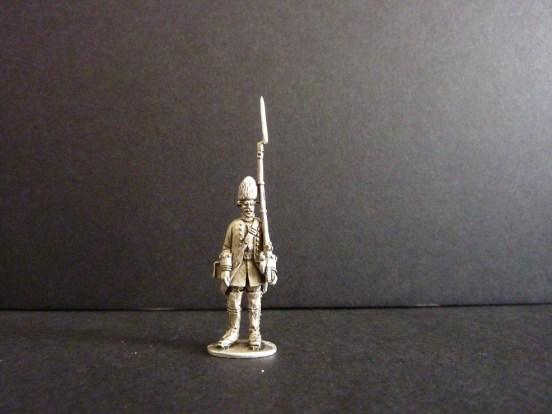 Savoia Grenadier standing