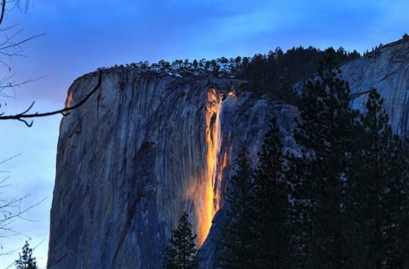 Yosemite Lava Falls Wallpaper Places Horsetail Fall El Capitan Yosemite Valley
