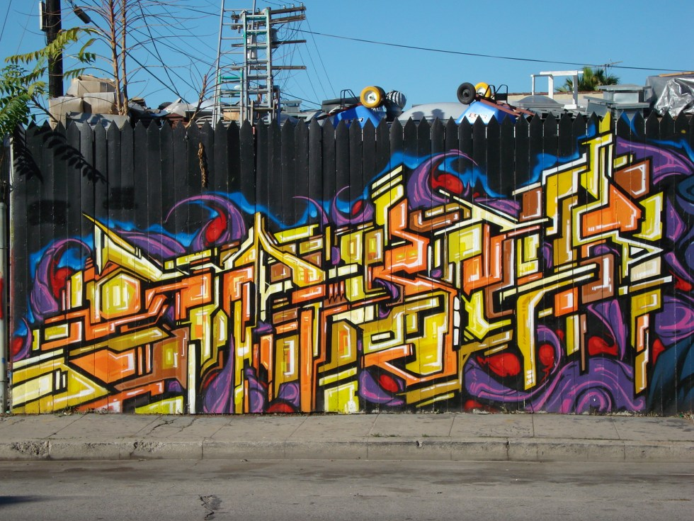 SABER USA GRAFFITI