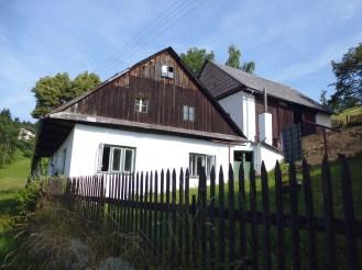 Best place to stay in Czech: www.bogfred.dk