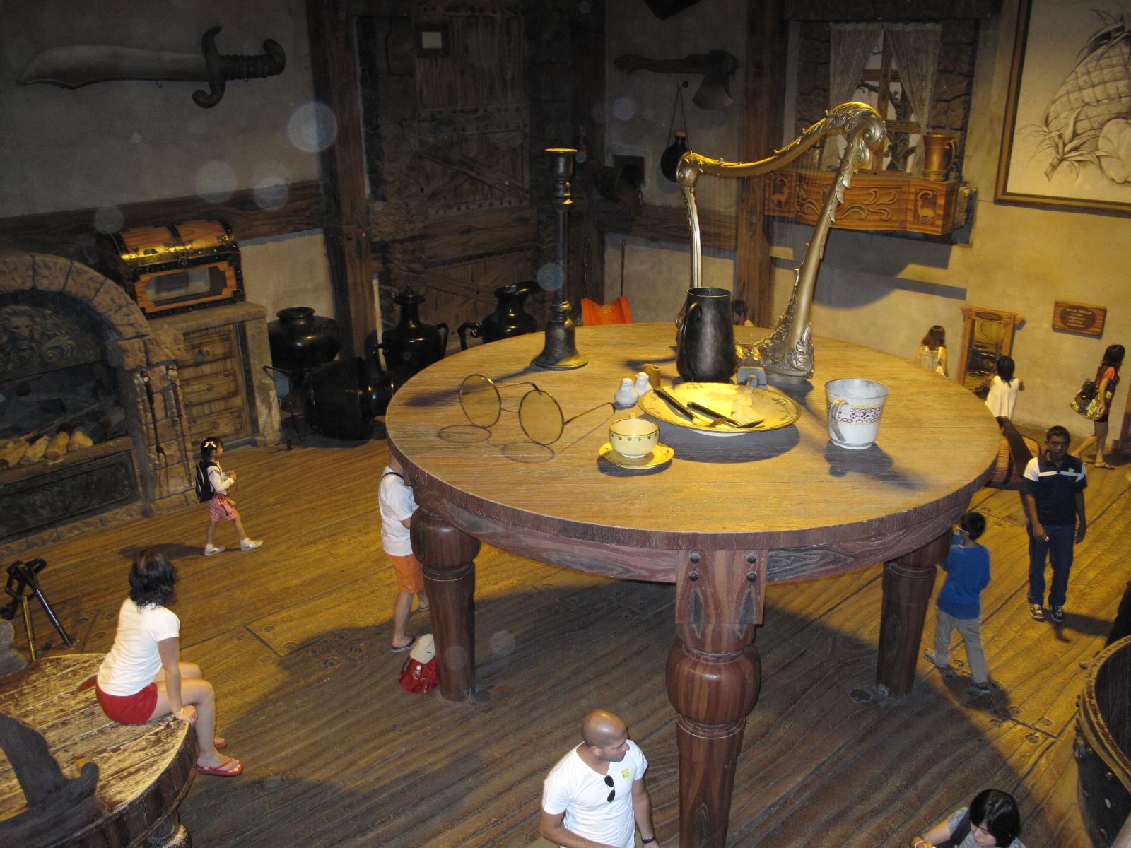 golden power chair gravity walmart crave's favorites: giant house | cravecoasters