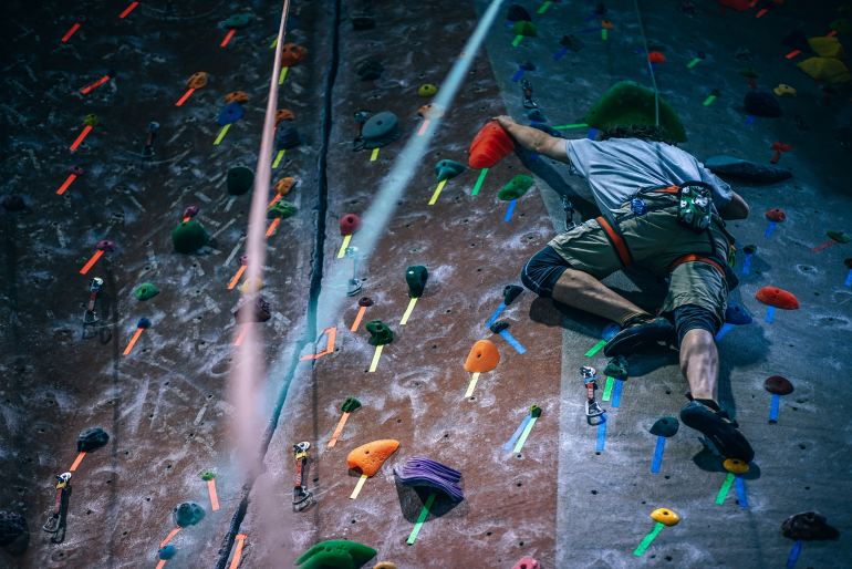 10 easy ways to start a healthier lifestyle rock climbing