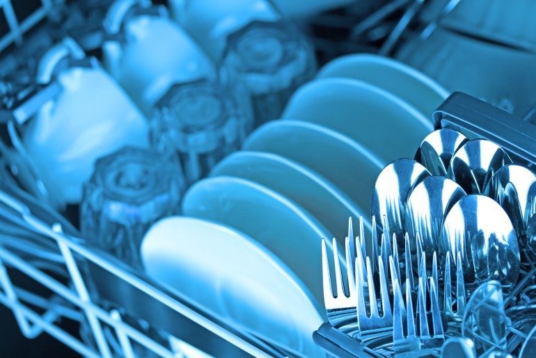 Expert say this is the best way to load silverware in a dishwasher by Everybody Craves