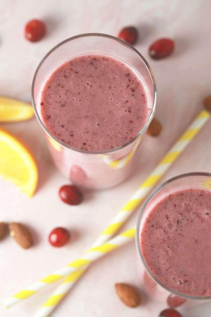 Cranberry, orange, almond smoothie_2