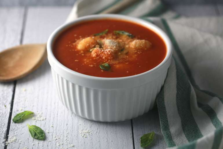Easy Tomato Basil and Gnocchi soup_2