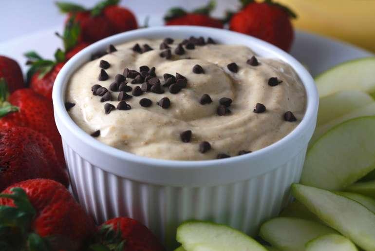 Guilt-free banana dessert hummus recipe