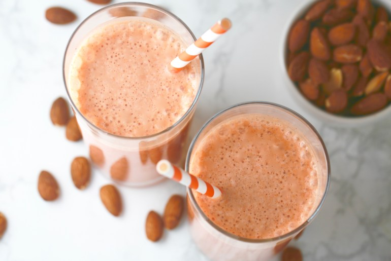 Healthy carrot cake smoothie_2