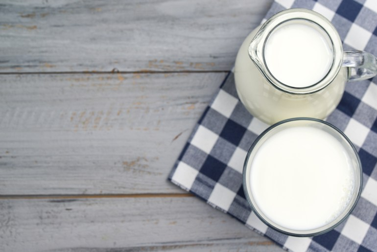 How to make a buttermilk substitute at home