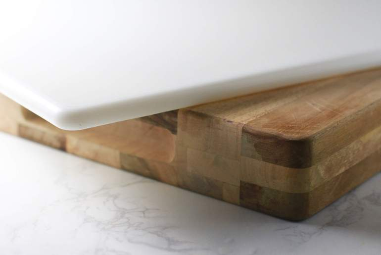 Is plastic better than wood The cutting board debate
