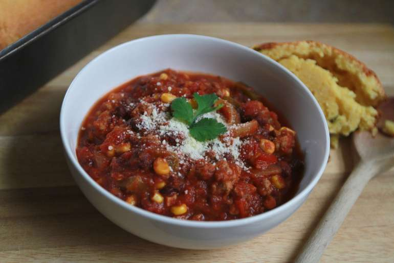 Slow-cooker mexican turkey chili makes for a lean, hearty meal