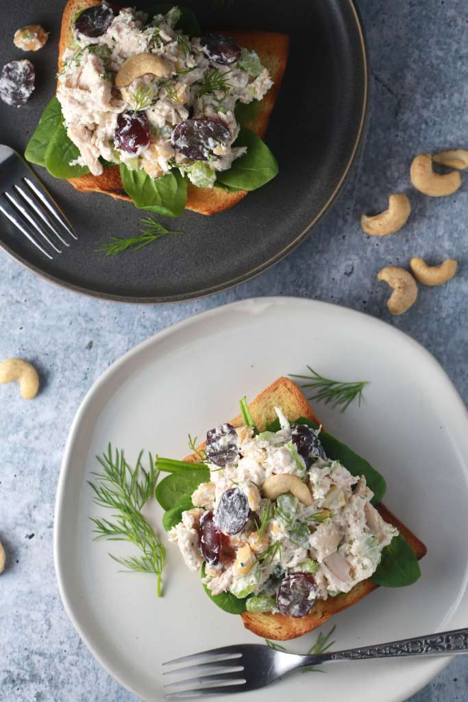 The best chicken salad with grapes and cashews