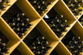 Why you should always store your wine horizontally