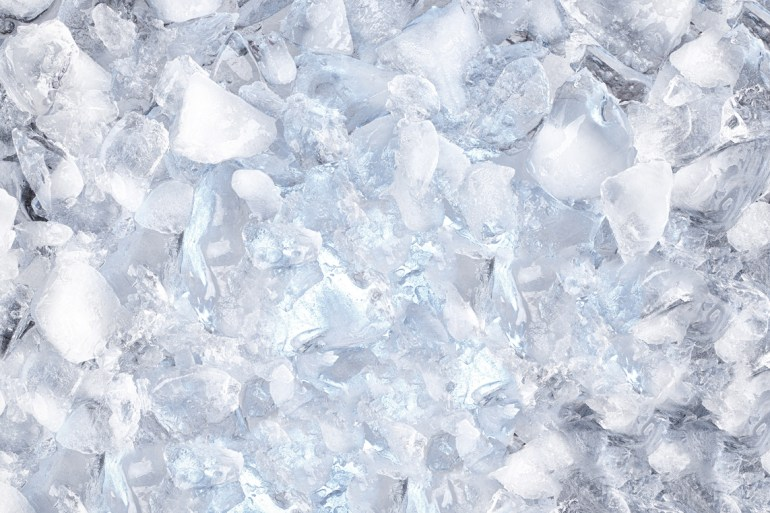 Get your ice cubes to stop sticking with this easy trick
