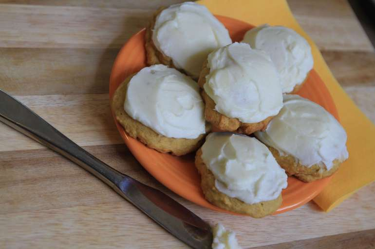 Pumpkin spice cookies and cream cheese frosting will melt-in-your mouth.