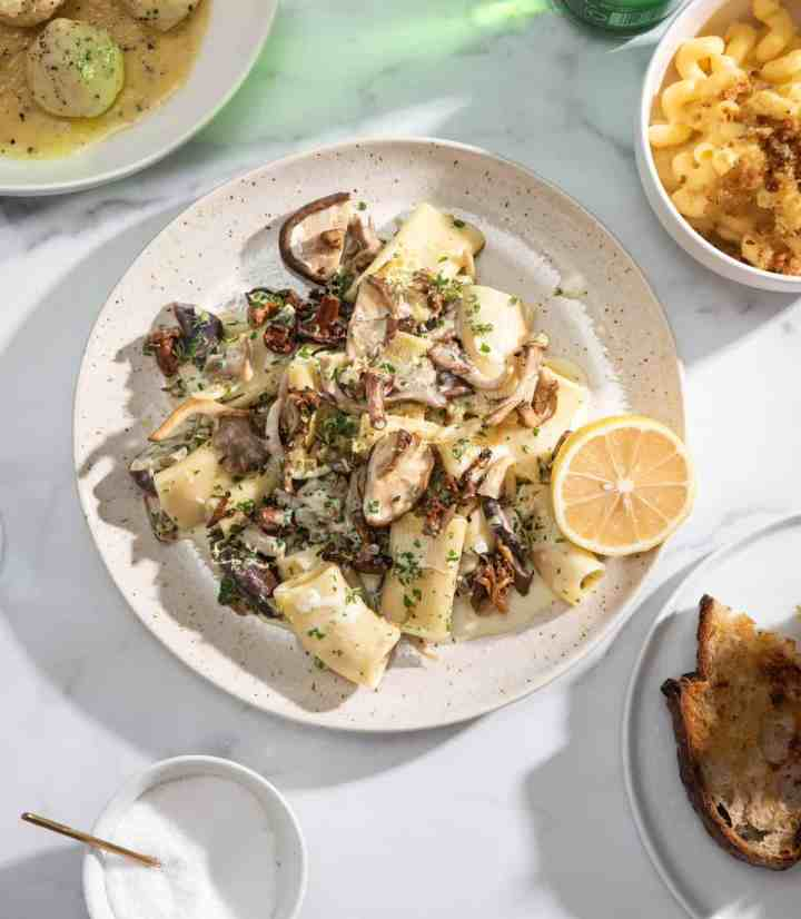 A bowl of Creamy Mushroom and Garlic Pasta