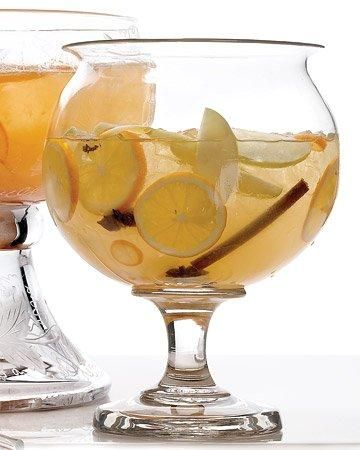 Mulled White Wine Sangria|Martha Stewart