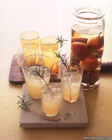 Pear Rosemary Cocktail|Martha Stewart