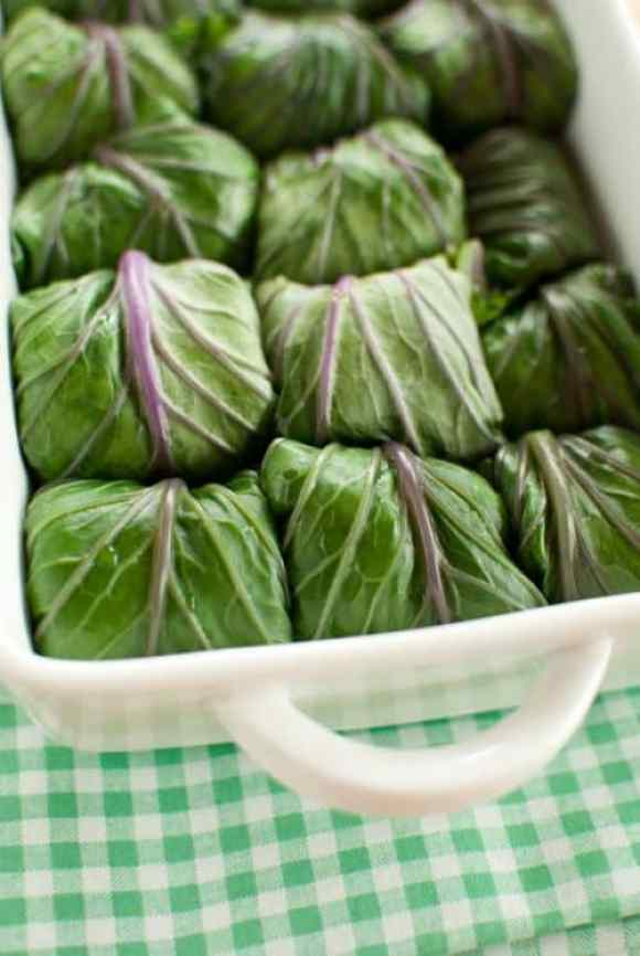 Kale Rolls with Quinoa Chickpea Stuffing|FoodSniffr