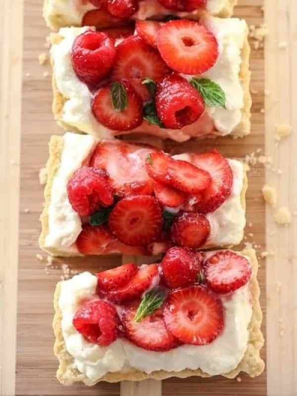 Berry Tart with Lemon Curd Mascarpone|Foodie Crush